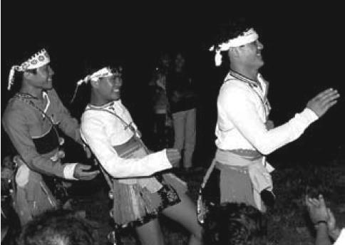 Ami Harvest Festival (Āměizú fēngniánjì 阿美族丰年祭)|Āměizú fēngniánjì 阿美族丰年祭 (Ami Harvest Festival)
